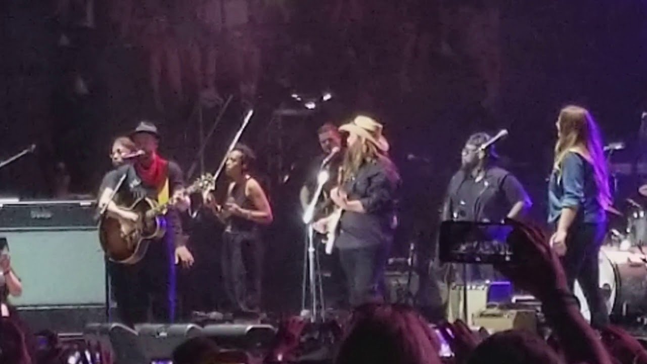 "WATCH: Justin Timberlake And Chris Stapleton ""Tennessee"